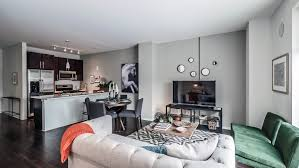 Awesome Chicago One Bedroom Apartment