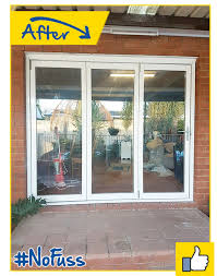 external bi fold aluminium with glass doors