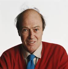 the story behind roald dahl s charlie and the chocolate factory  roald dahl photo