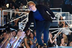 Business As Usual For Ed Sheeran Atop First U K Charts Of