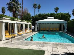Avalon Hotel and Bungalows Palm Springs: One of the private pool areas