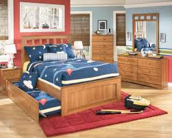 Baseball Bedroom Decor Toddler Boys Bedroom With Recangle Blue Polished Metal Chest Of
