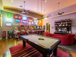 1 tag Traditional Game Room