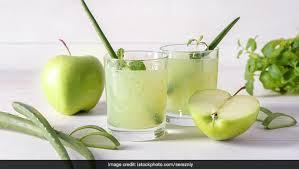 nutrient rich apple and aloe vera juice
