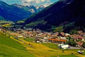 Österreich vereint alles in sich, was ein anziehendes urlaubsland ausmacht: 12 Best Places To Visit In Austria With Map Photos Touropia