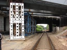Отчет по практике Крестовский мост Под ним проходит октябрьская и московская железная дорога Реконструкция проводится в 3 очереди Сейчас проходит первая очередь закрывают 1 3 автомобильных