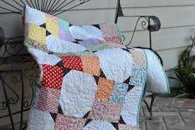 Project Design Team Thursday ~ Hope Chest Bow Tie Quilt | Penny ... & hope-chest-quilt-22-1024x681 Adamdwight.com