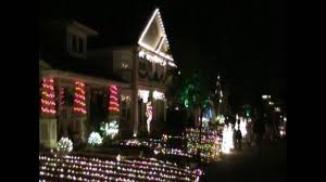 Where To See Christmas Lights In Rhode Island Providence Christmas Light Show Synchronized To All I Want For Christmas Is You