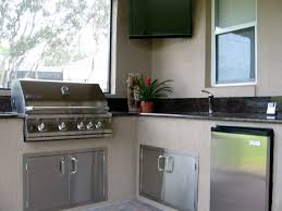 screen enclosure patio grill