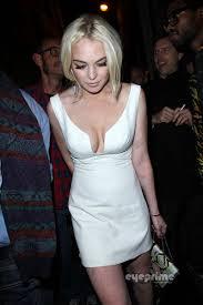 Lindsay Lohan Upskirt     Photos     TheFappening