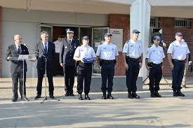 Rencontre homme fonctionnaire-de-police, hommes célibataires