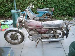 yamaha rd200 the model guide i need the space and it comes a box full of original nos and used parts it will soon go on or contact me direct if anyone s interested on