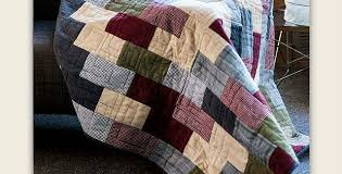 Flannel Quilt Patterns Awesome This Cozy Quilt Is Super Easy To Make Quilting Digest