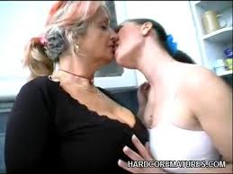 Free mature girl seduces boy