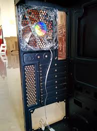 guide deepcool tesseract pc casing review the blue led fans here are transparent and have silver wires for a change good riddance to those yucky red black yellow wires we commonly see