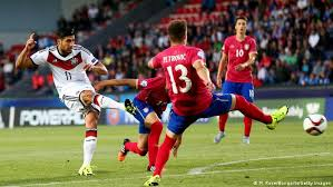 2021 findet die europameisterschaft in. Germany Held To Draw Against Serbia To Kickoff U21 European Championships Sports German Football And Major International Sports News Dw 17 06 2015