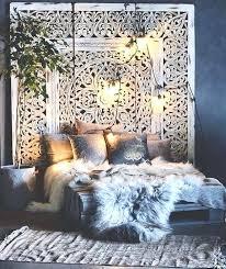 bohemian room decor bedroom furs gawd do i ever love this lush bohemian chic bedroom the bohemian room decor