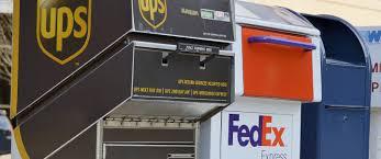 Shipping Cost Comparison Ups Vs Usps Vs Fedex Cheapism Com