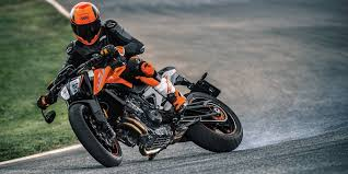 2018 ktm updates. modren updates the 2018 ktm 790 duke is finally here to destroy any and all pavement in  your path ktm updates