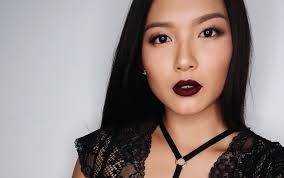 the best makeup looks to go with a black outfit and work for asian skin tones