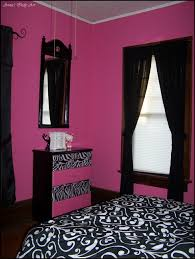 Pink Black Bedroom Upcycled Dresser In A Pink And Black Room My Own Projects