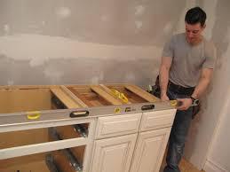 Installing Cabinets In Kitchen Installing Kitchen Cabinet Drawers Kitchen
