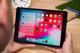 Tại sao bạn nên mua iPad thay vì laptop giá rẻ và tablet Android? -  Fptshop.com.vn