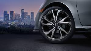 Shop for a Honda Civic Hatchback - Official Site