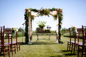 West Coast Decorating Style The Couple Wed Under A Beautiful Floral Trellis Amongst Rows And
