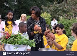 Michelle Obama Kitchen Garden Michelle Obama 5th Graders From Bancroft Elementary Take Part In