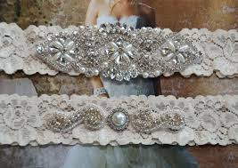 vintage style wedding garter ideas for brides weddings eve Wedding Garter Facts vintage inspired wedding garters for brides (10) wedding garter facts