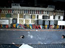 tail lights help pelican parts technical bbs 1978 Porsche 928 Fuse Box here is my fuse panel the right driving light fuse exploded (before i owned the car) it looks like a rock or something hit the driving light and broke the porsche 928 1978 fuse box