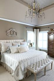 neutral bedroom décor with southern sensibility