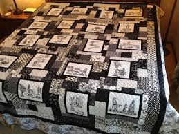 25 best Quilts - Toile fabrics images on Pinterest | Canvas, Board ... & Black and White Toile Quilt Adamdwight.com