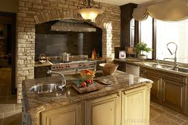 Tuscan Italian Kitchen Decor Italian Style Kitchen Cabinets Ethnic And Modern Combination Chic
