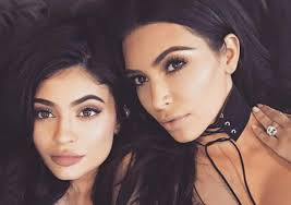 the keeping up with the kardashians star was due to jet into dubai with dedivanovic for the mastercl and to celebrate her birthday but the makeup artist