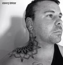 татуировки на шее мужские и женские тату на шее фото