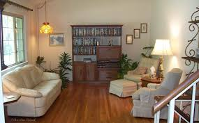 removing area rugs makes a room look larger