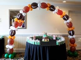 Sports Themed Balloon Decor 17 Best Images About Balloon Sports Decor On Pinterest Football