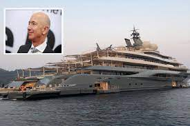 $400 million dollar mega yacht ...
