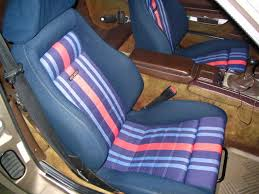 who has aftermarket seats in their 944