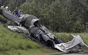 Travis Barker DJ AM plane crash was ...