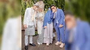 Natta reza mengungkap kalau pertama kali berkenalan dengan istrinya lewat dm instagram. 3 Nama Yang Disebut Jadi Perantara Taaruf Dinda Hauw Dan Rey Mbayang Natta Reza Dodi Dan Anandito Tribun Manado