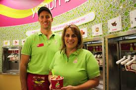 menchie s frozen yogurt opens in cornwall