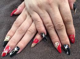 Nail Salon Freestyle赤黒レオパードが艶やかな色変えスカルプ