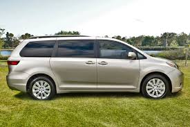 Pre-Owned Toyota Sienna in Green Brook NJ | FS098669