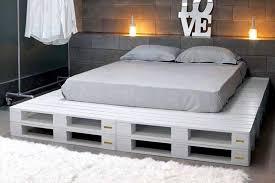pallet furniture plans bedroom furniture ideas diy. White Painted Pallet Platform Bed - 25+ Renowned Projects \u0026 Ideas | Furniture Plans Bedroom Diy