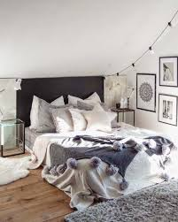 bedroom decorating ides. Cozy Bedroom Decorating Ideas For Winter-04-1 Kindesign Ides E