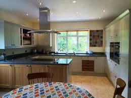Eggshell Kitchen Cabinets A Stunning Linda Barker Kitchen Design In Putty Eggshell And Light