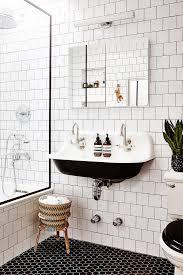 Step Inside Babba Canales Rivera's Brooklyn Apartment | Bathroom ...